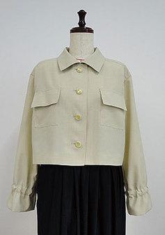 袖口がポイントのショートジャケット(3109)