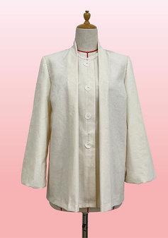 衿からのタックが特徴的なチュニック(0304)